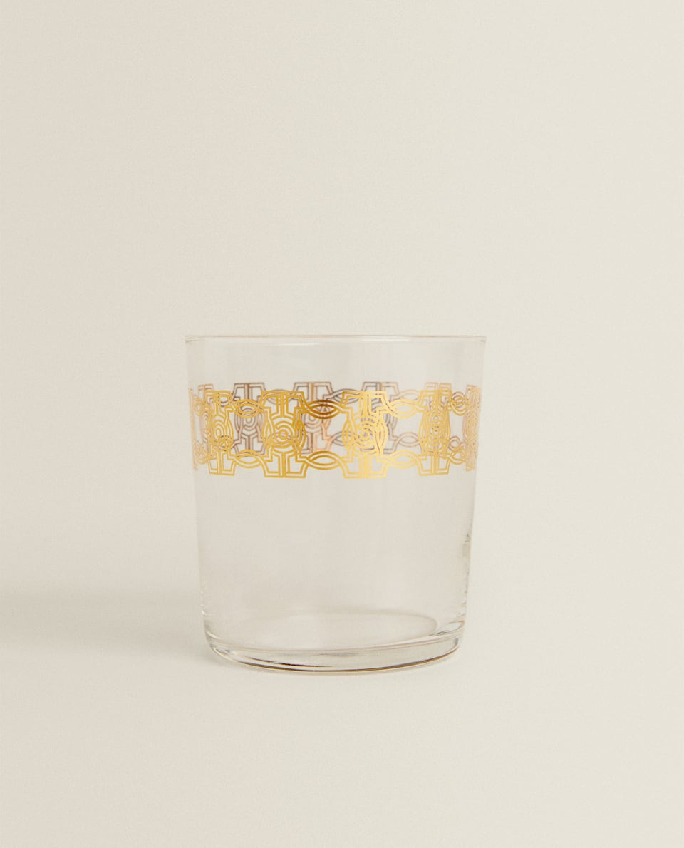 GLASS TUMBLER WITH TRANSFER