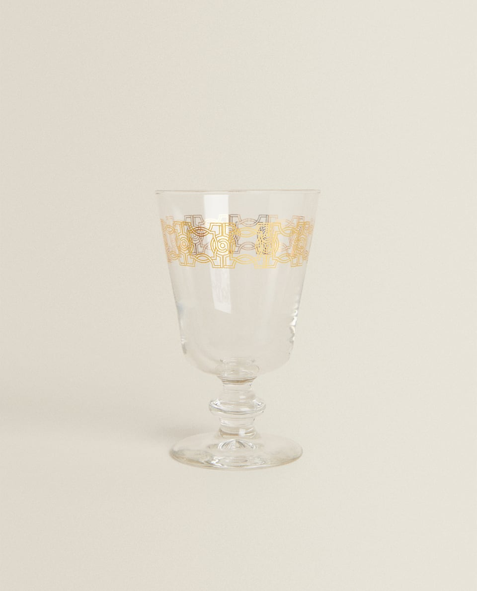 WINE GLASS WITH GOLDEN TRANSFER