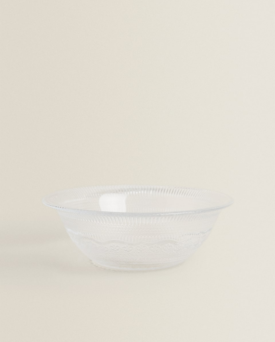 GLASS BOWL WITH RAISED DESIGN