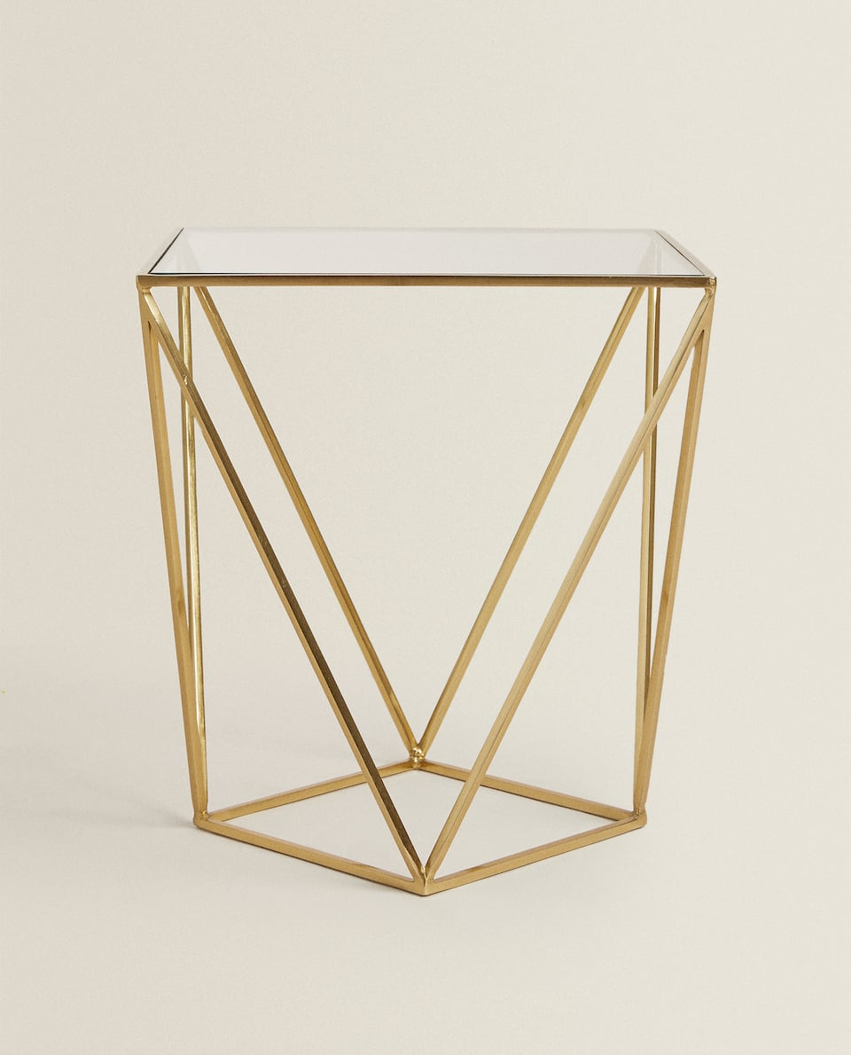 GEOMETRIC TABLE