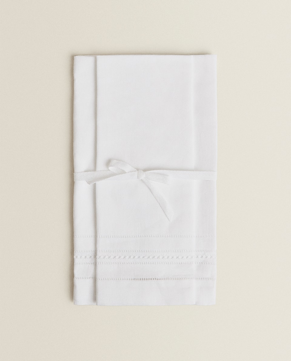GUEST TOWEL (PACK OF 2)