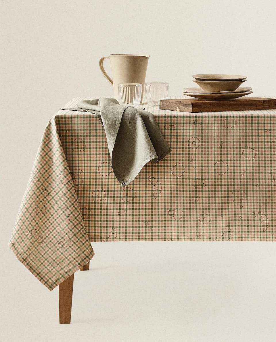 GINGHAM RESIN-COATED TABLECLOTH