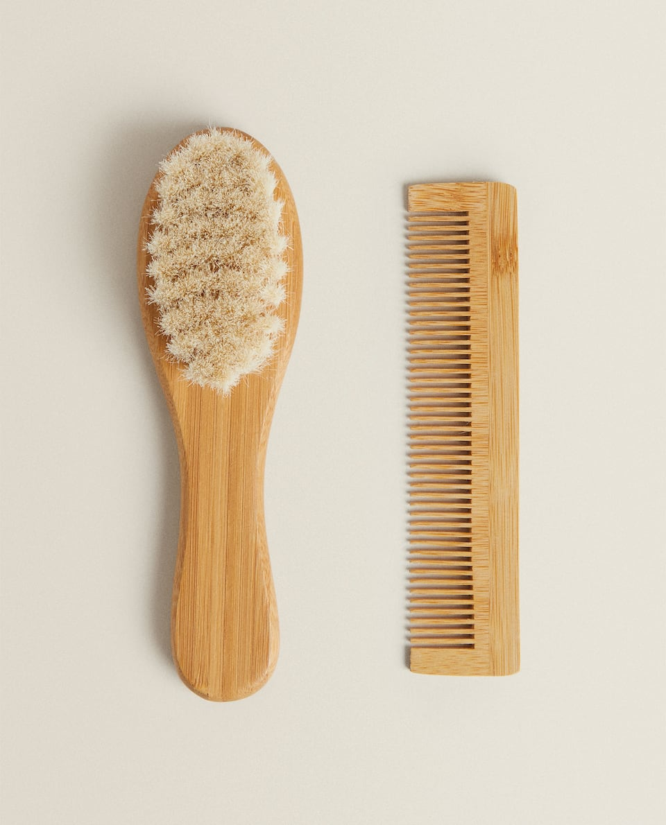 BABY BRUSH AND COMB SET