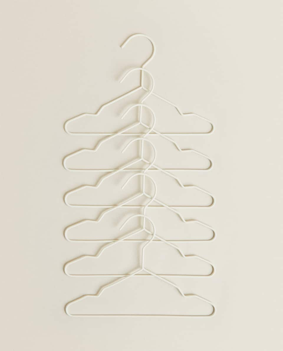 RUBBERISED HANGERS (PACK OF 6)