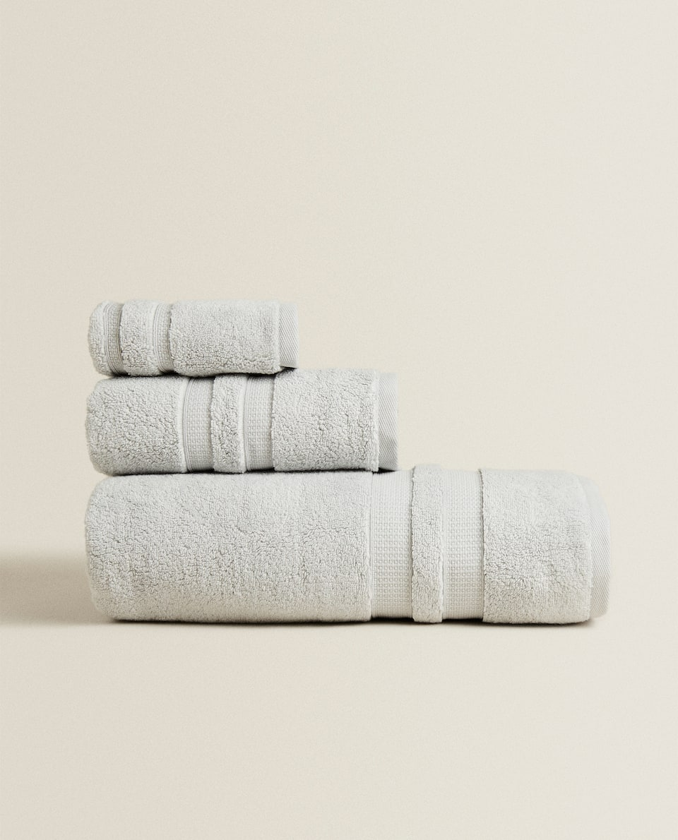 EXTRA SOFT TOWEL WITH DOUBLE BORDER