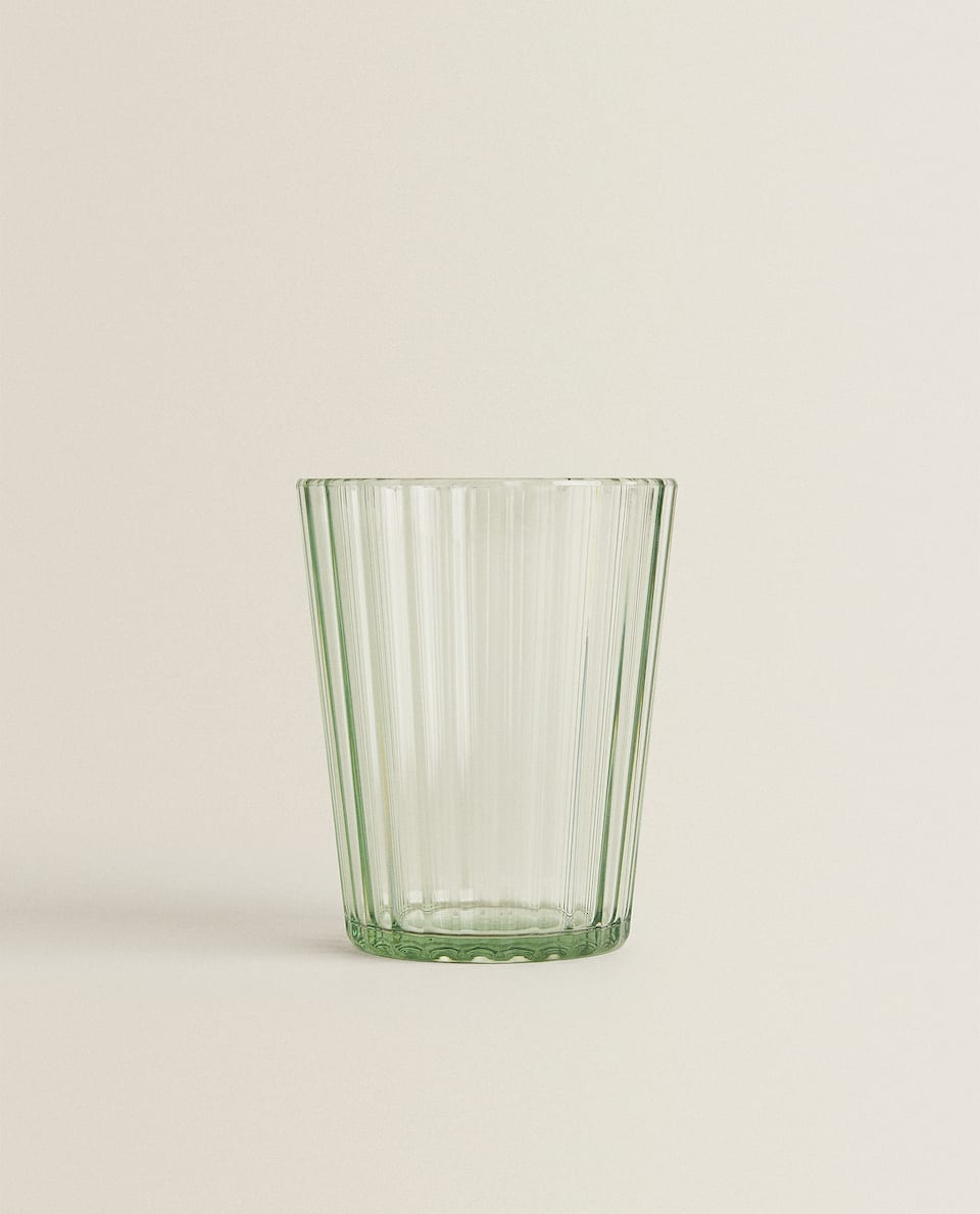 ACRYLIC TUMBLER WITH LINEAR DESIGN