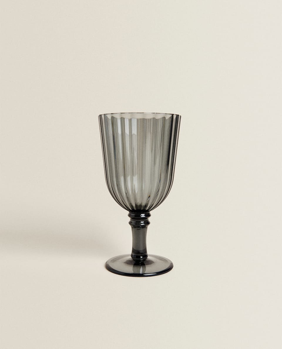 ACRYLIC WINE GLASS WITH LINEAR DESIGN