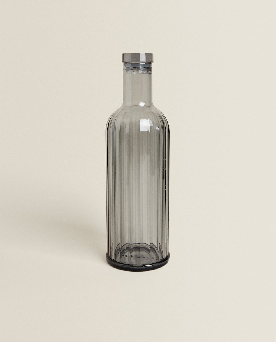 ACRYLIC BOTTLE WITH LINEAR DESIGN