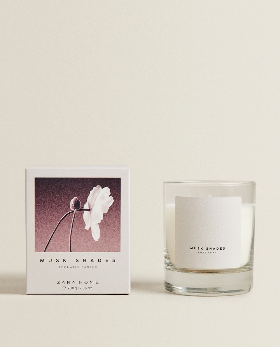 (200 G) MUSK SHADES SCENTED CANDLE