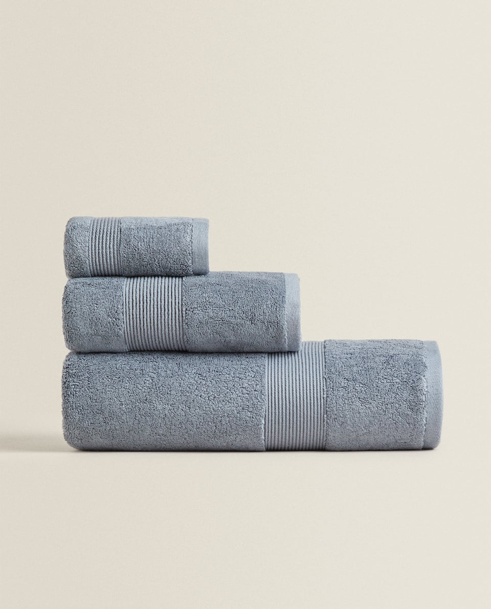 COTTON AND MODAL TOWEL