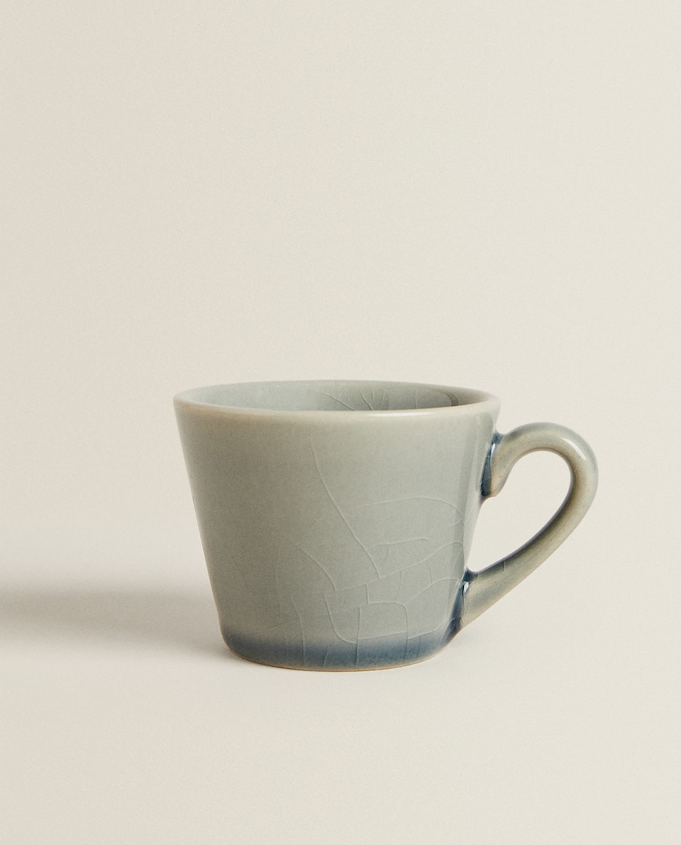GLOSSY STONEWARE COFFEE CUP