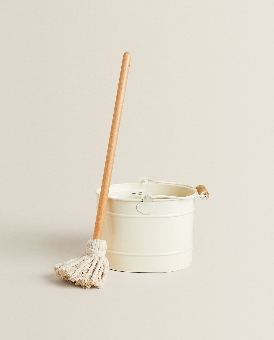 TOY MOP AND BUCKET SET