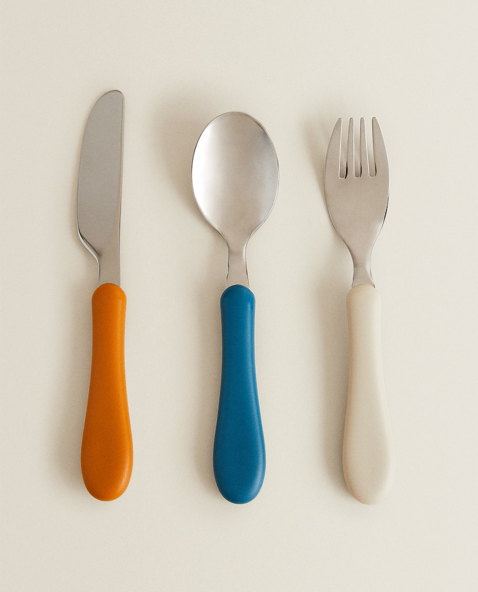 MULTICOLOURED CUTLERY SET
