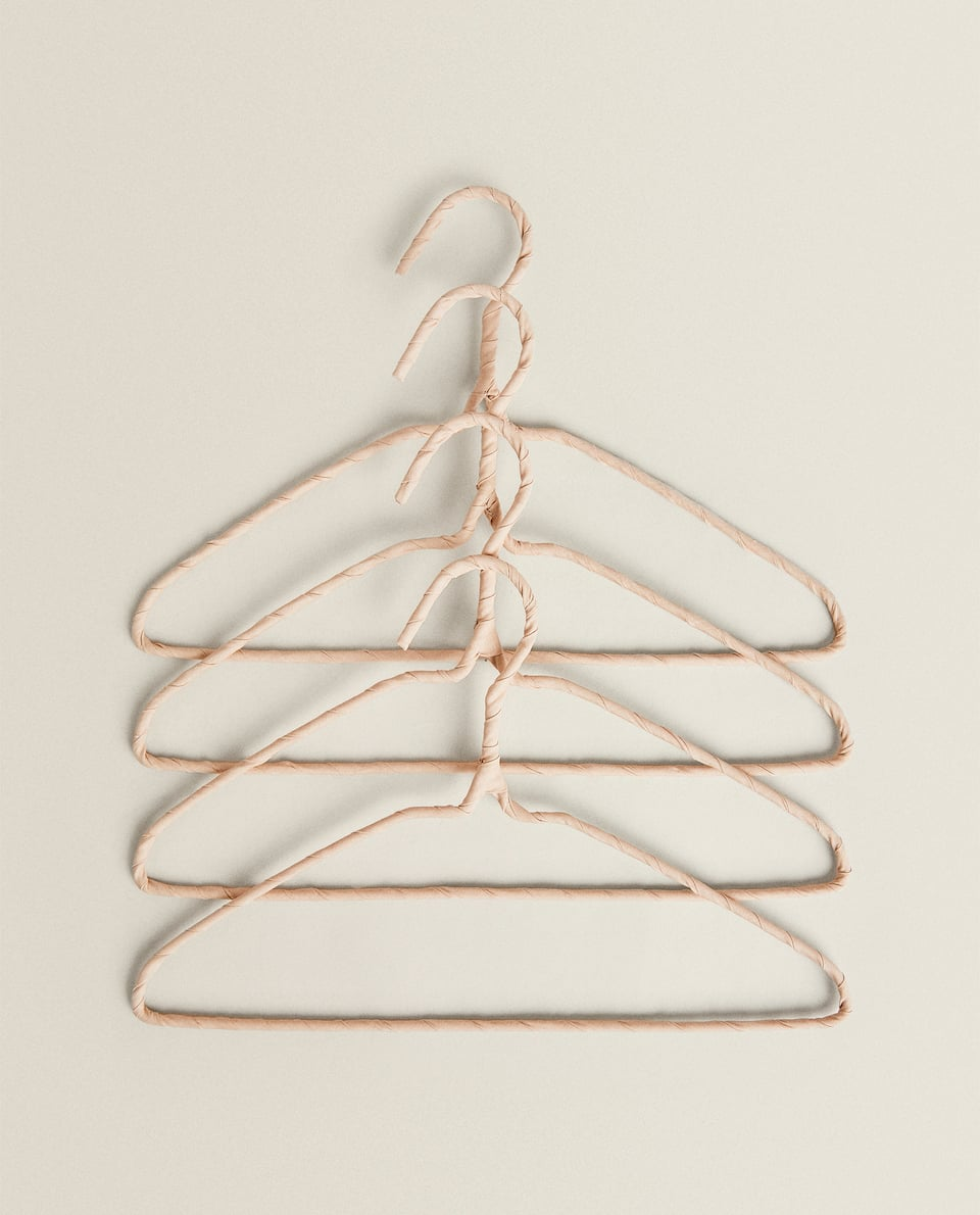 COVERED HANGERS (PACK OF 4)