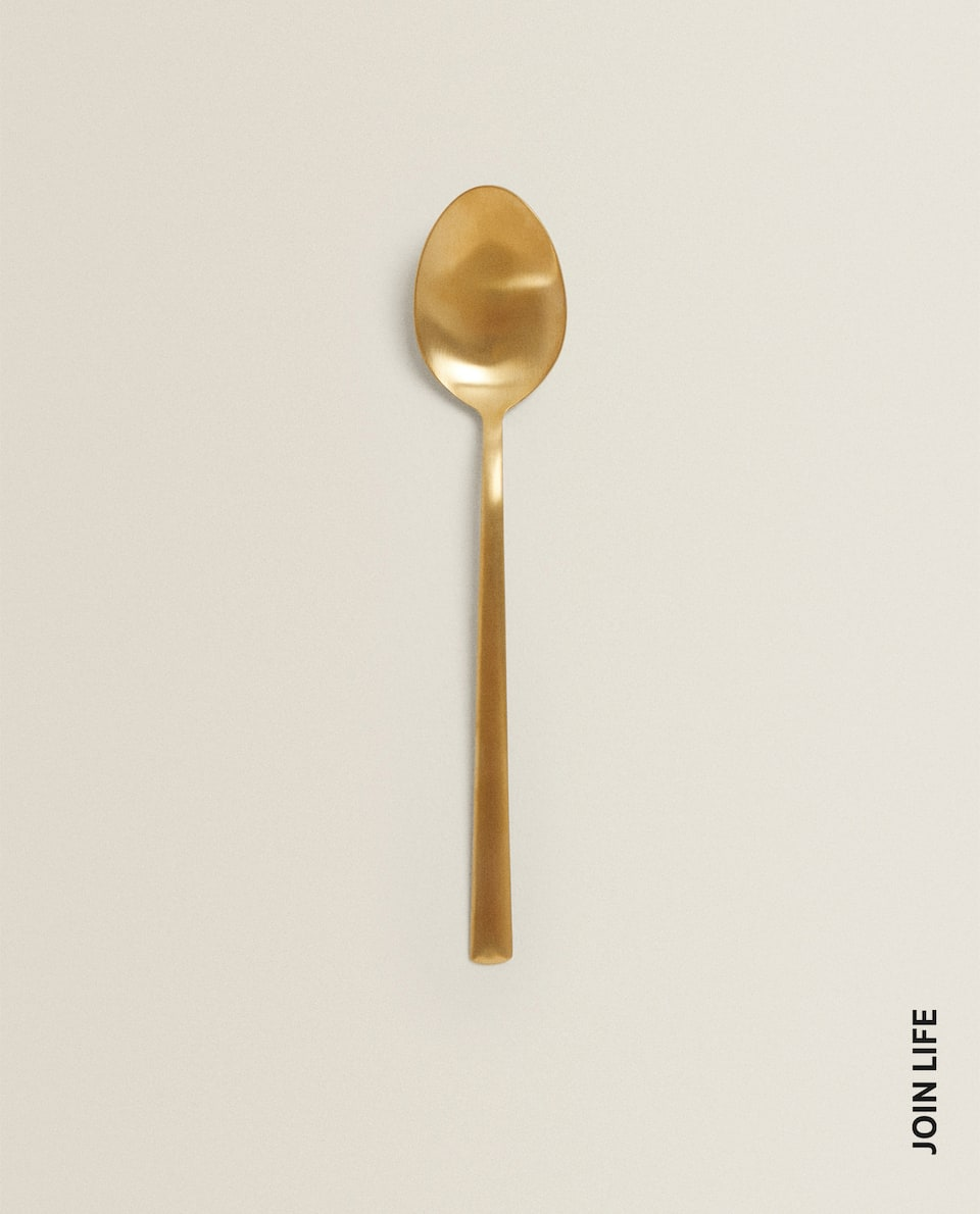 GOLD-FINISH SPOON