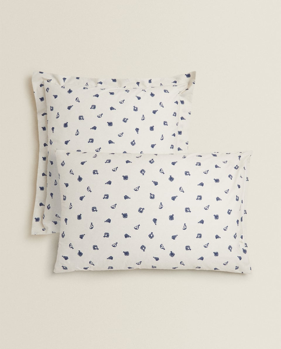 FISH PRINT PILLOWCASE