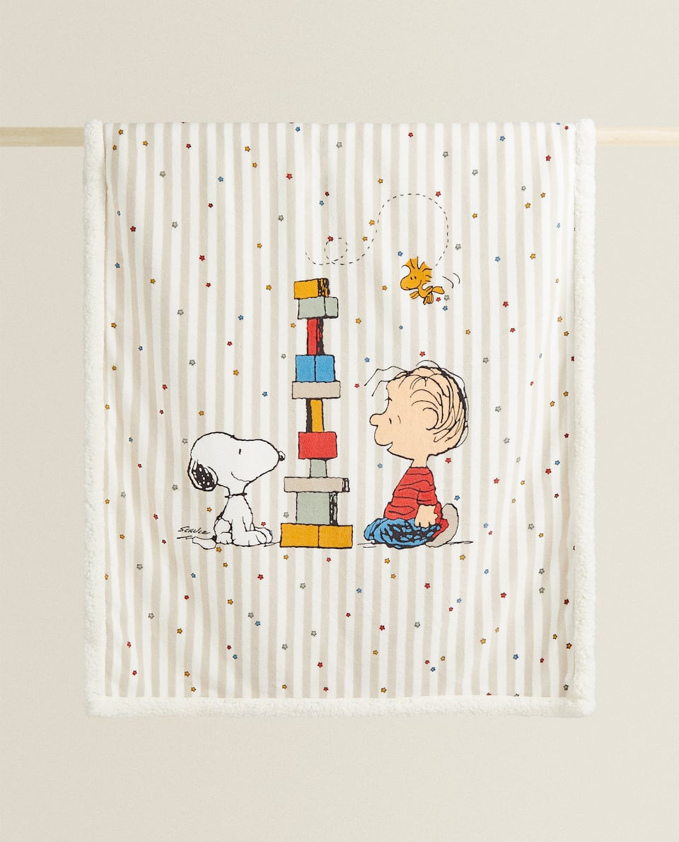 SNOOPY FAUX SHEARLING BLANKET