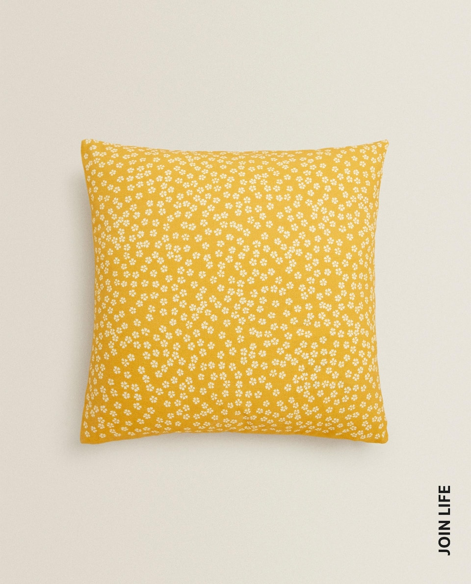 JAPANESE FLOWER CUSHION COVER