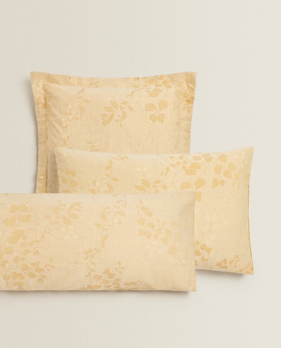 JACQUARD LEAF PILLOWCASE