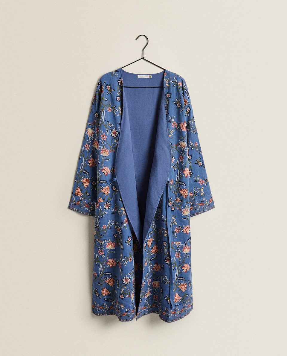 KIMONO WITH FLORAL EMBROIDERY