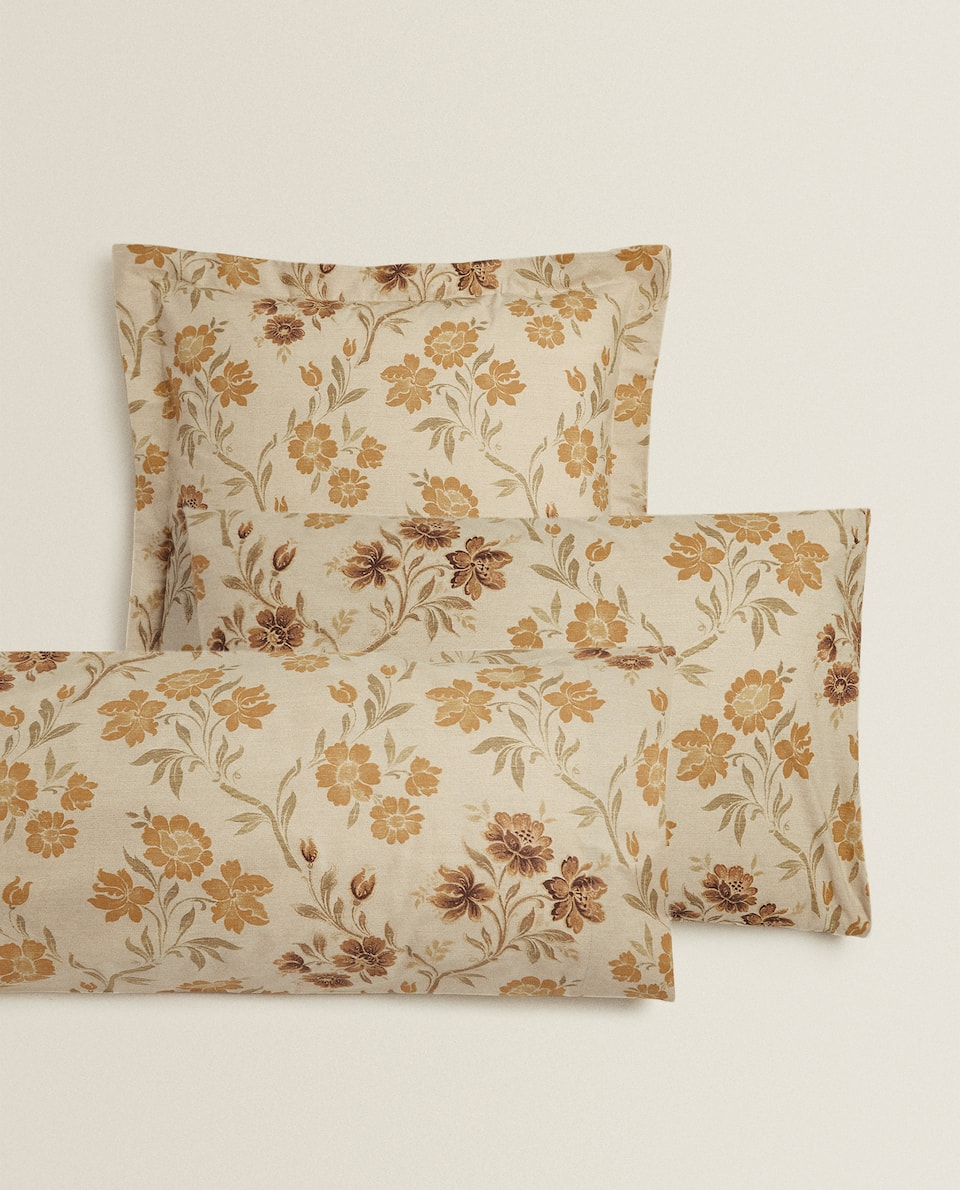 VINTAGE FLORAL PRINT PILLOWCASE