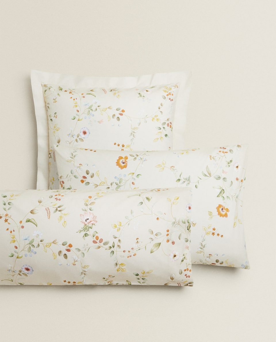 MULTICOLOURED FLOWERS PILLOWCASE