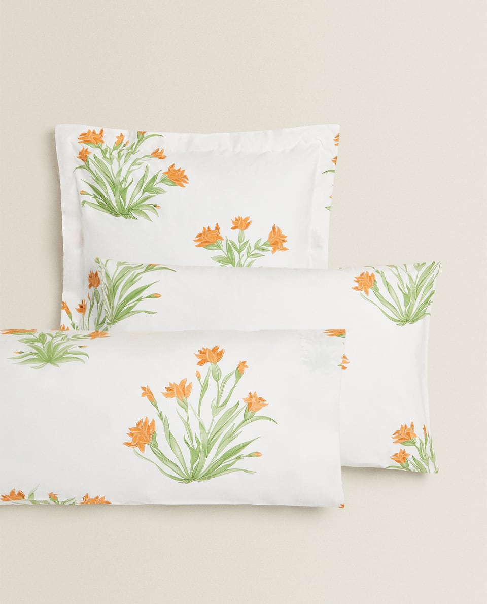 ORANGE FLORAL PRINT PILLOWCASE