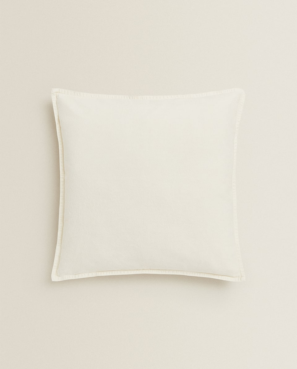 TOPSTITCHED CUSHION COVER