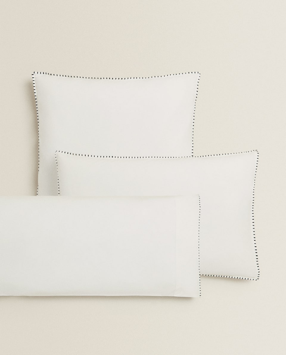 WASHED PERCALE PILLOWCASE WITH BLACK TOPSTITCHING