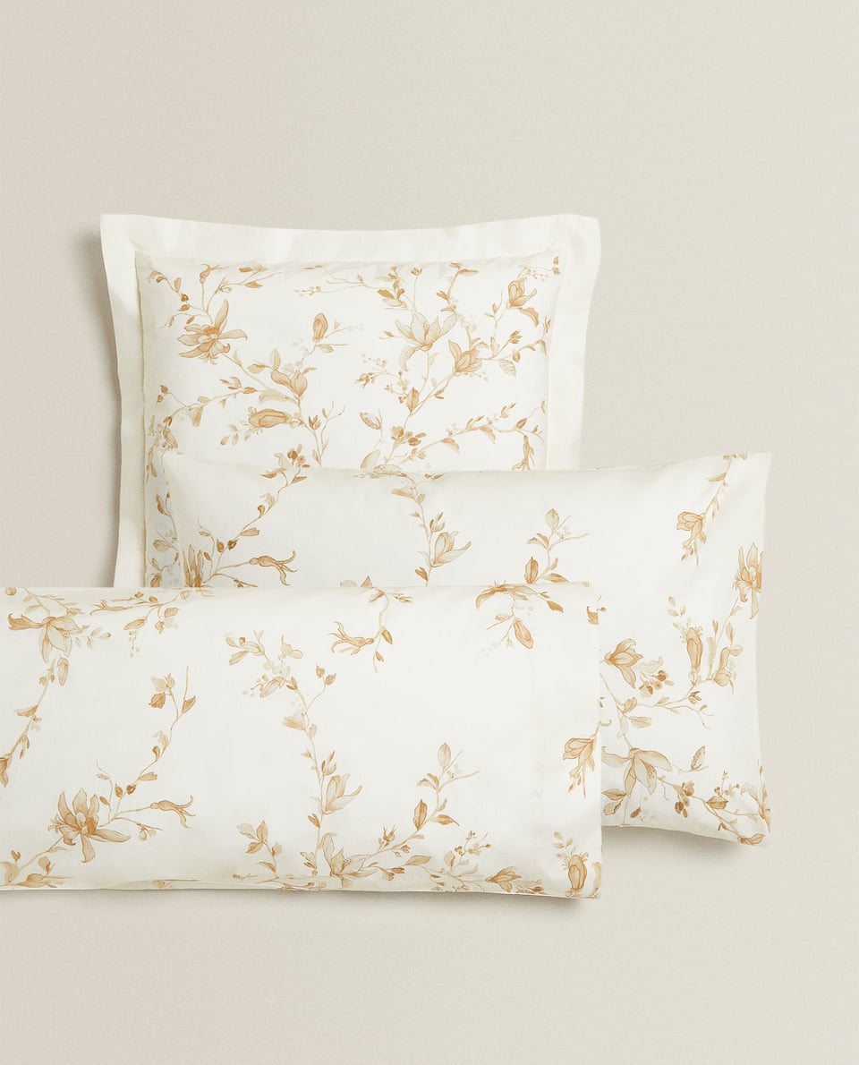 MAGNOLIA PRINT PILLOWCASE