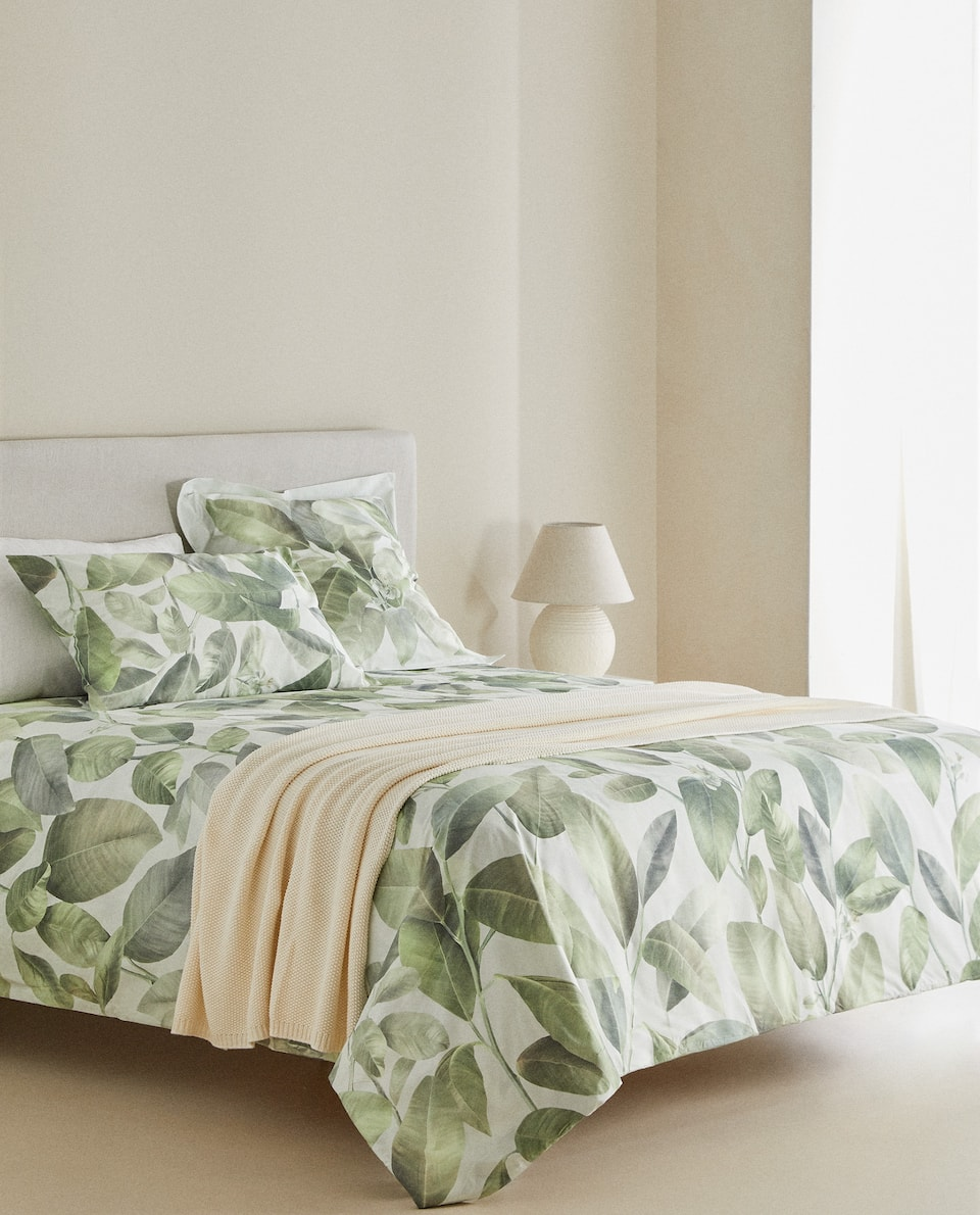 LARGE LEAF PRINT DUVET COVER