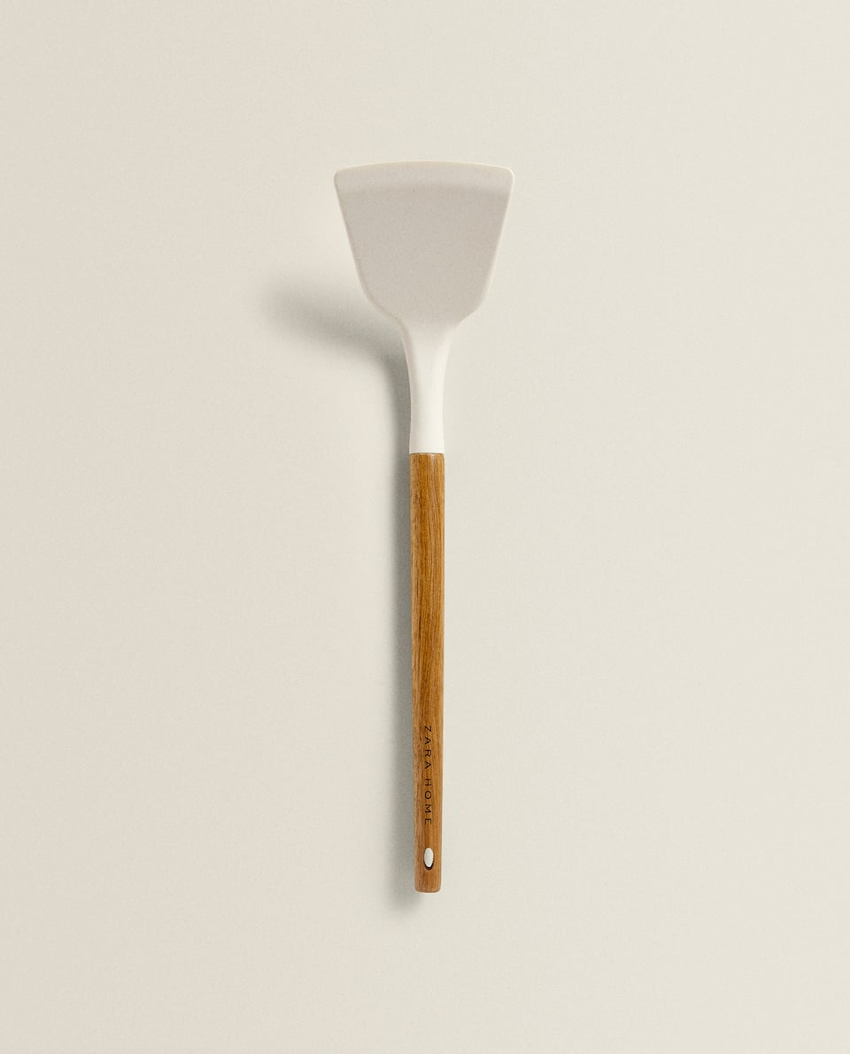 SILICONE AND WOODEN SPATULA