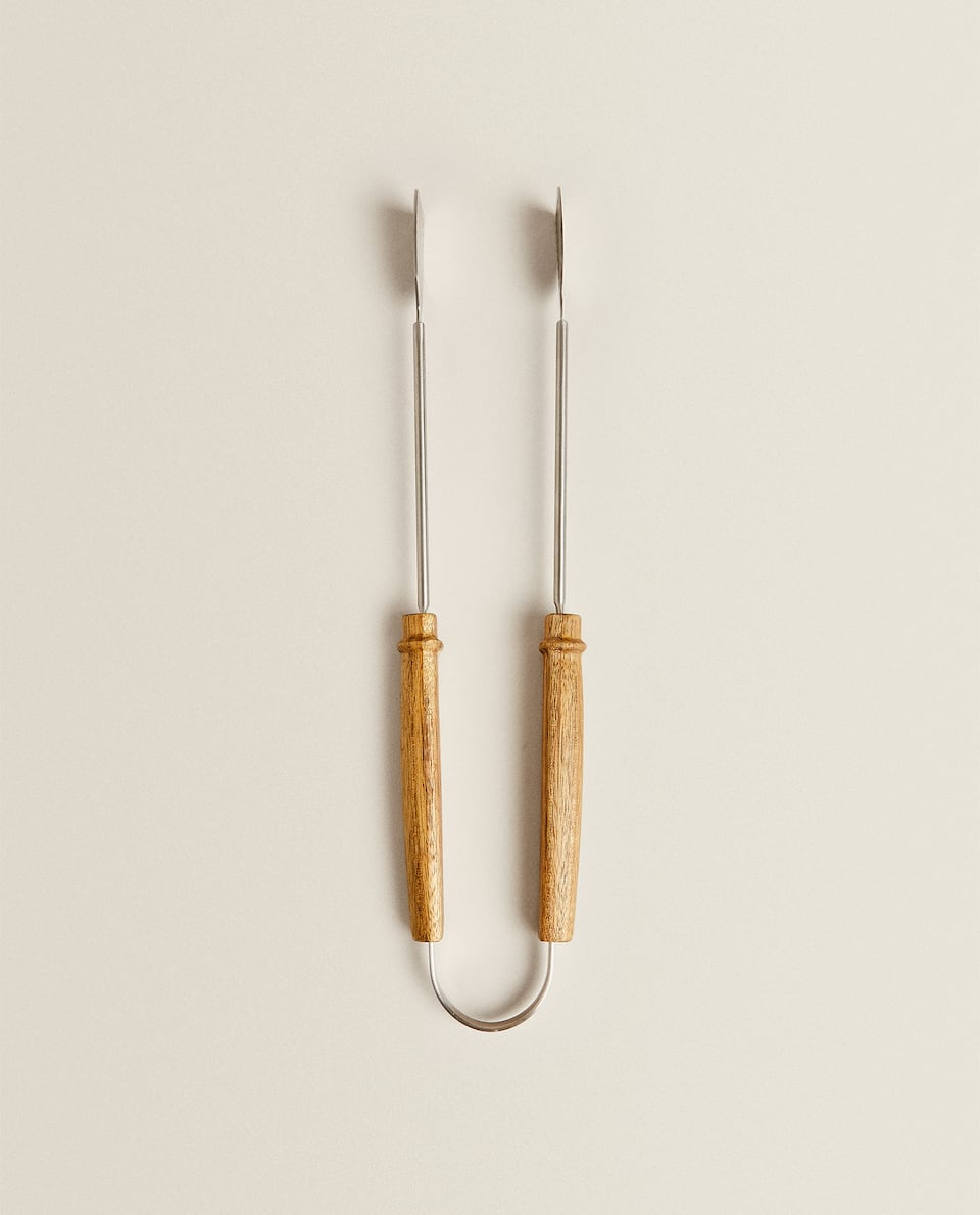TONGS WITH WOODEN HANDLE