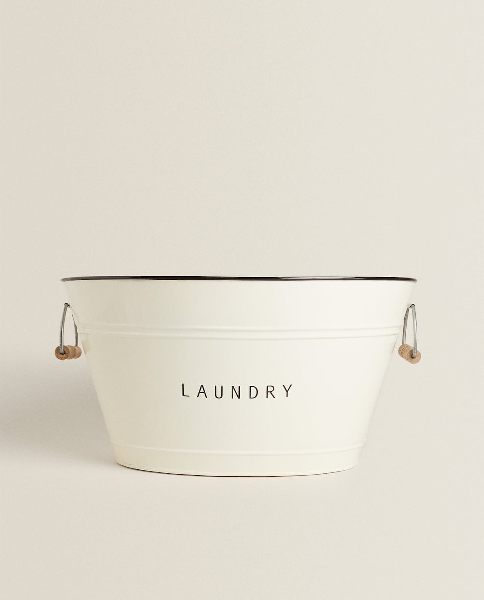 IRON AND WOOD LAUNDRY BUCKET