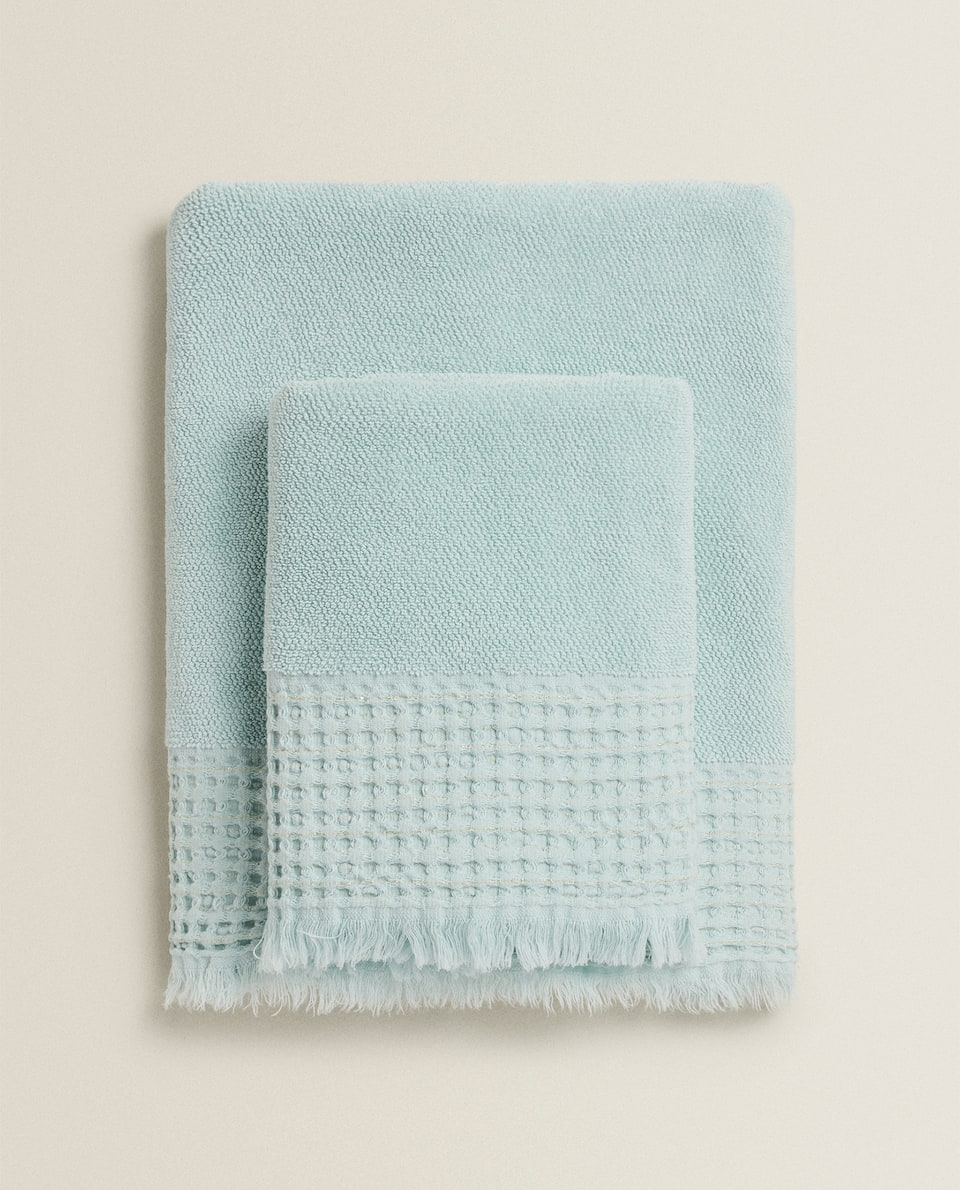 COTTON TOWEL WITH WAFFLE KNIT BORDER