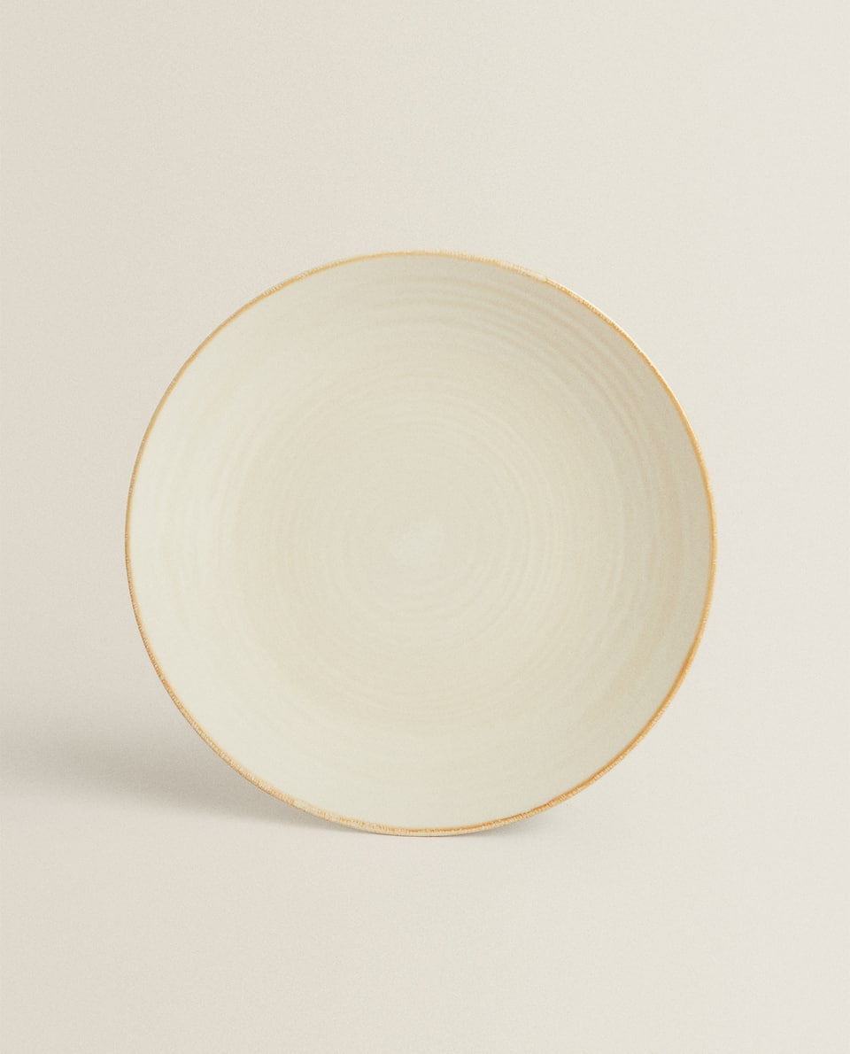 STONEWARE DINNER PLATE WITH MUSTARD YELLOW RIM