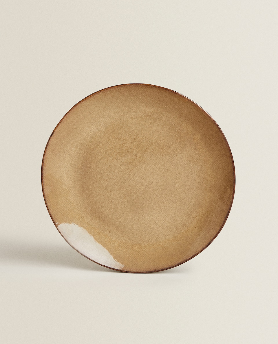 IRREGULAR STONEWARE DINNER PLATE