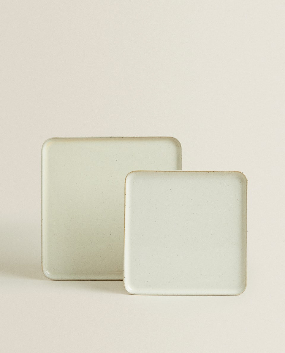SQUARE STONEWARE SERVING DISH