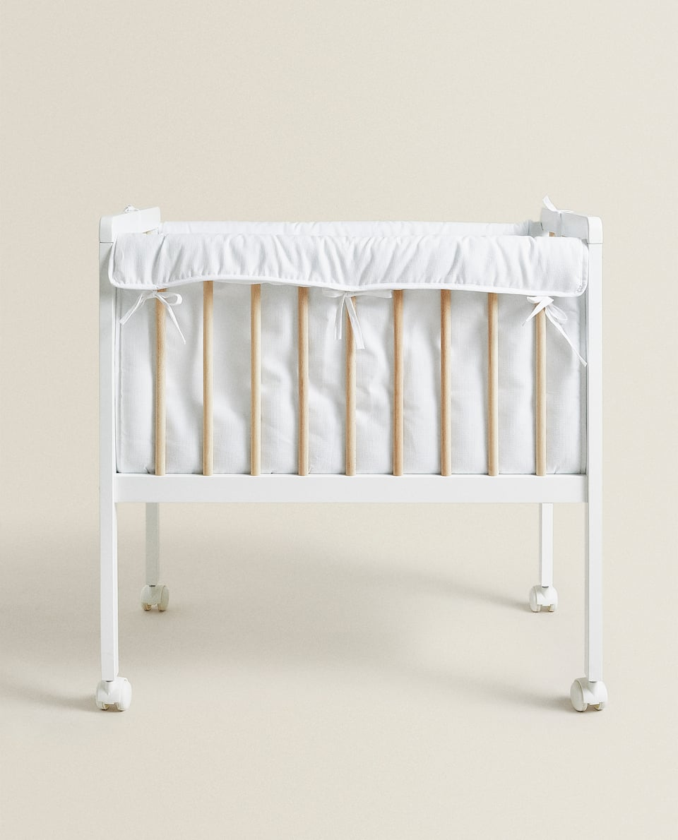 WHITE AND NATURAL WOODEN MINI COT