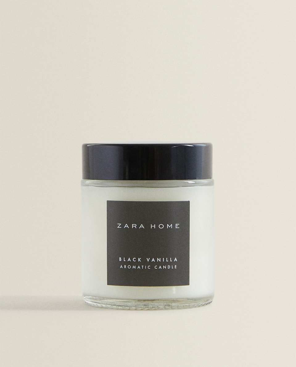 (80 G) BLACK VANILLA SCENTED CANDLE