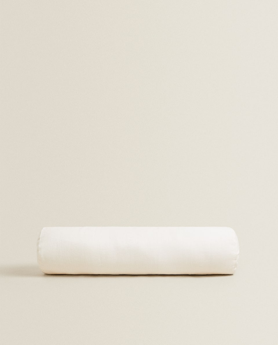 OYSTER WHITE LINEN CUSHION