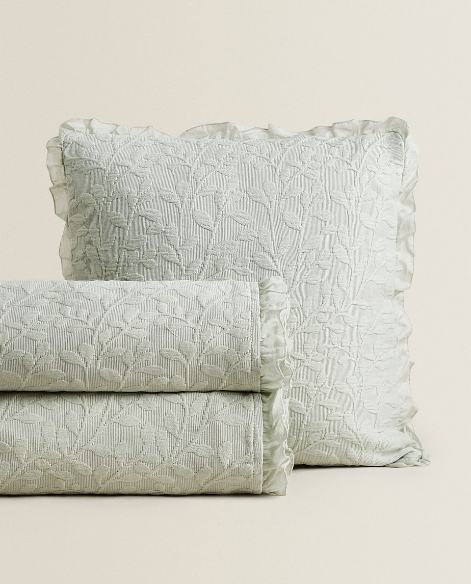 LEAF COTTON BEDSPREAD WITH RUFFLE TRIM