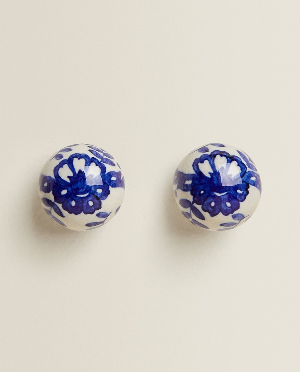 CERAMIC DOOR KNOB WITH FLOWER DESIGN (PACK OF 2)