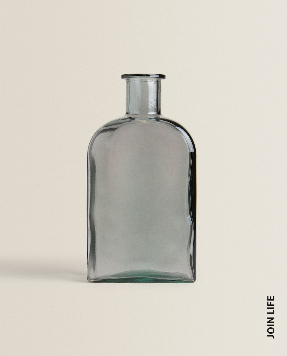 GLASS BOTTLE