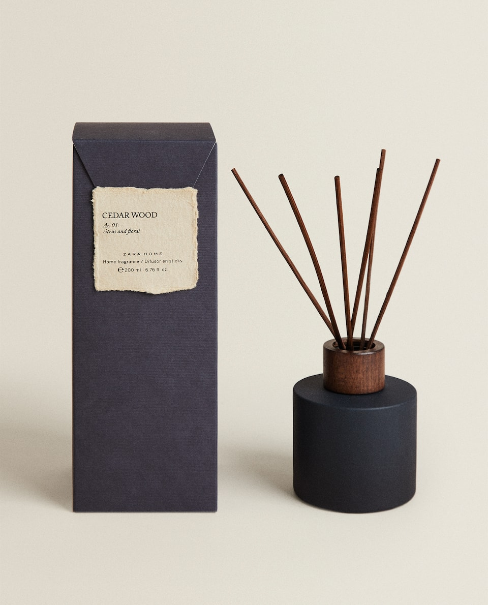 (200 ML) CEDAR WOOD REED DIFFUSER