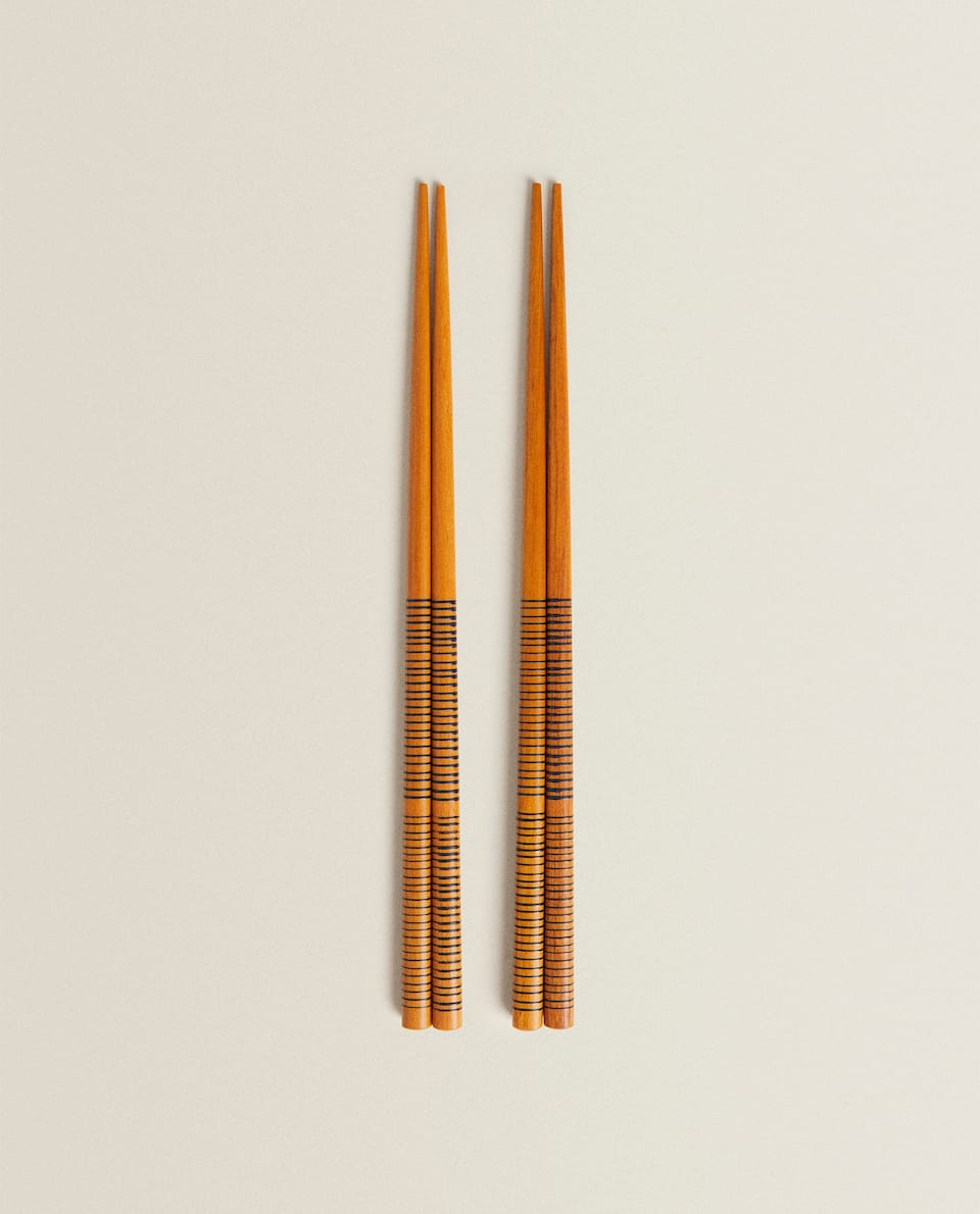 WOODEN CHOPSTICKS (PACK OF 4)