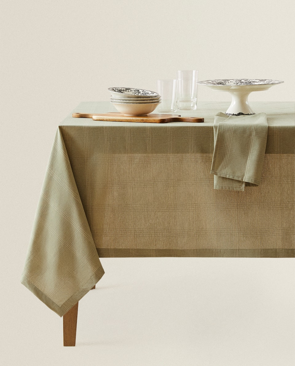 COTTON TABLECLOTH WITH STITCHED CHECK DESIGN