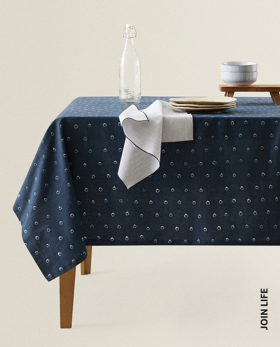 SHIBORI EFFECT TABLECLOTH