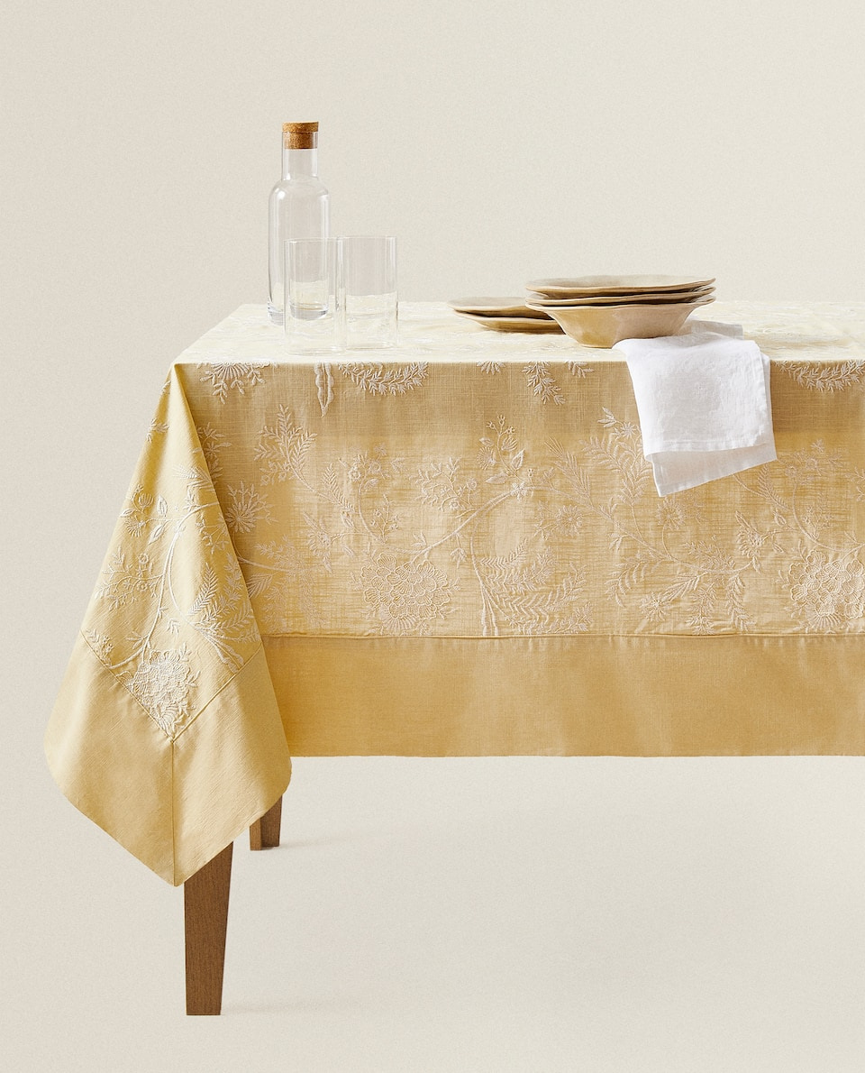 YELLOW EMBROIDERED TABLECLOTH