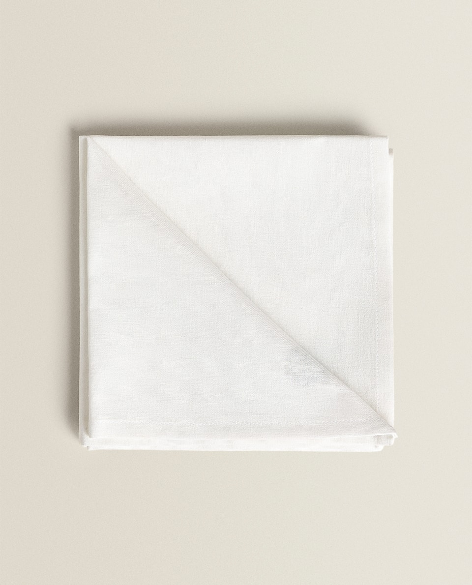 SERVIETTES DE TABLE BRODERIES (LOT DE 2)
